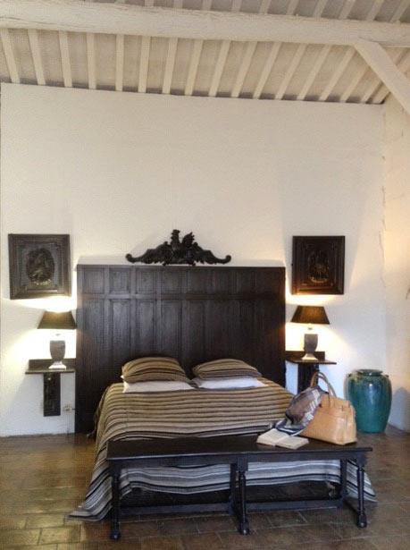 Ch teau petit sonnailler chambre d 39 h tes aurons chambre for Chambre hote 04